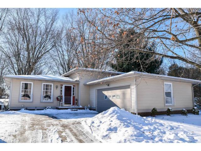 5592 Choctaw St NW, North Canton, OH 44720 (MLS #3968141) :: Keller Williams Chervenic Realty
