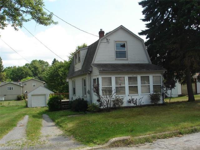605 Hyatt Ave, Campbell, OH 44405 (MLS #3968252) :: Tammy Grogan and Associates at Cutler Real Estate
