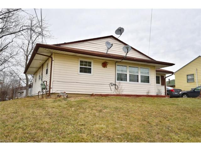 2392 Mccartney Rd, Youngstown, OH 44505 (MLS #3968473) :: Tammy Grogan and Associates at Cutler Real Estate