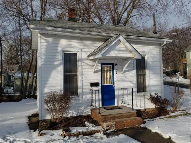 209 Eastwood St, Geneva, OH 44041 (MLS #3973280) :: Tammy Grogan and Associates at Cutler Real Estate