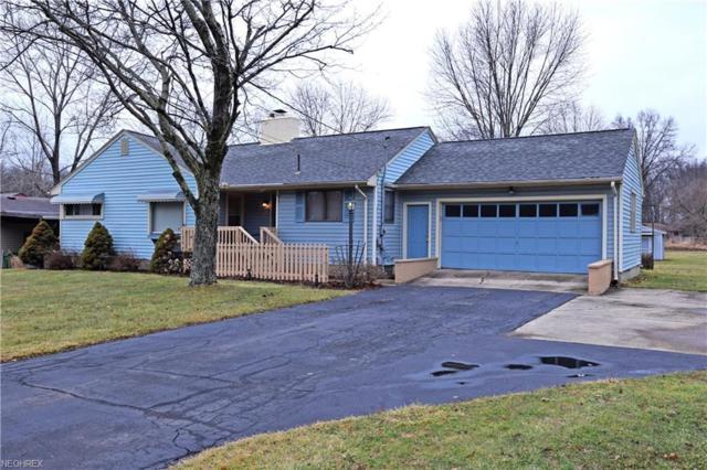 8203 Kenyon Dr SE, Warren, OH 44484 (MLS #3973448) :: Tammy Grogan and Associates at Cutler Real Estate