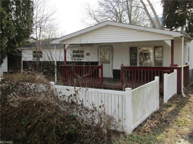 1586 Warchester Ave, Lake Milton, OH 44429 (MLS #3974747) :: Keller Williams Chervenic Realty