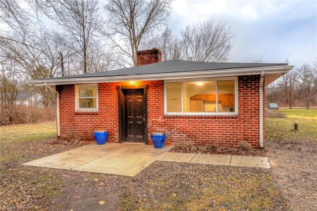 16702 Findlay St, Chagrin Falls, OH 44023 (MLS #3975338) :: RE/MAX Valley Real Estate