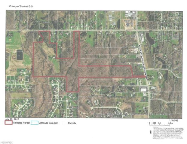 4390 Everett Rd, Akron, OH 44333 (MLS #3980269) :: Keller Williams Chervenic Realty