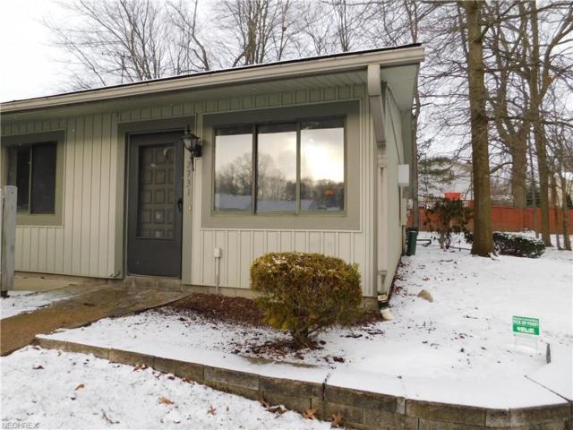 2731 Mull Ave 1-A, Copley, OH 44321 (MLS #3984745) :: Keller Williams Chervenic Realty