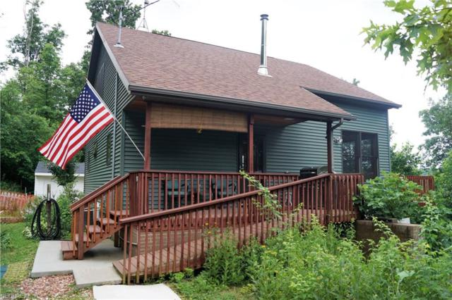 870 Maple Rd SW, Dellroy, OH 44620 (MLS #3986800) :: Keller Williams Chervenic Realty