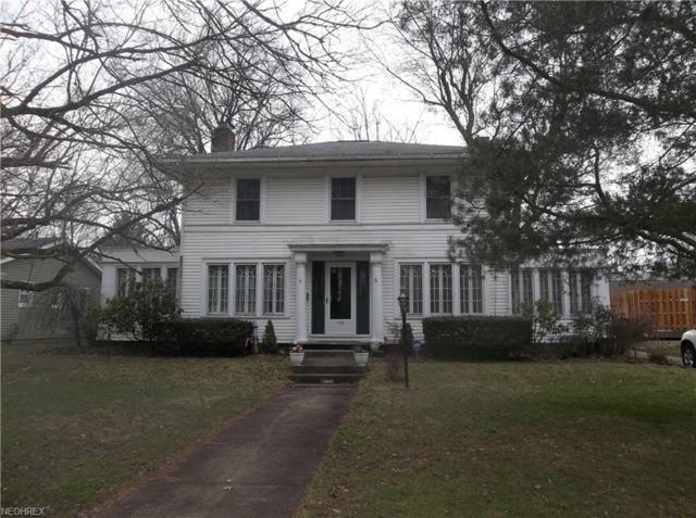 475 W Ohio Ave, Sebring, OH 44672 (MLS #3987517) :: Keller Williams Chervenic Realty