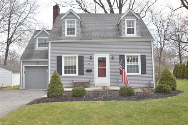 45 Maple St, Canfield, OH 44406 (MLS #3988191) :: Keller Williams Chervenic Realty