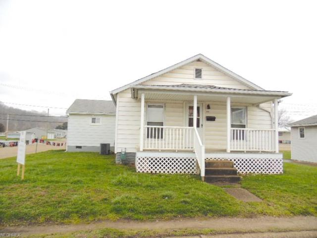 623 S Second St, Coshocton, OH 43812 (MLS #3988775) :: Keller Williams Chervenic Realty