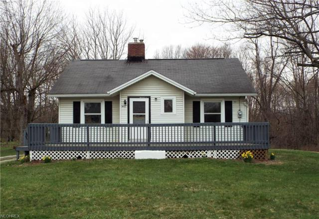 3971 Amherst Ave NW, Massillon, OH 44646 (MLS #3989989) :: Keller Williams Chervenic Realty