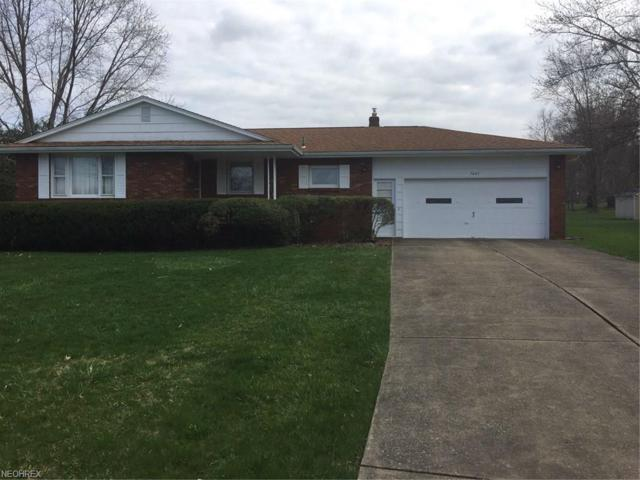 1445 Rose Hedge Ct, Boardman, OH 44514 (MLS #3989998) :: RE/MAX Valley Real Estate