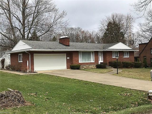 8255 Caroline St NW, Massillon, OH 44646 (MLS #3990313) :: RE/MAX Edge Realty