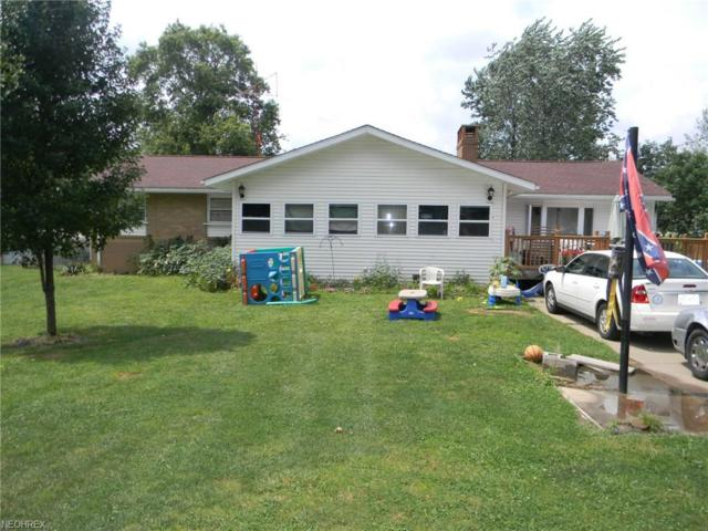 8001 Hebron Ave, Louisville, OH 44641 (MLS #3990564) :: Tammy Grogan and Associates at Cutler Real Estate