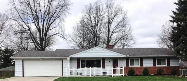 8696 Parkdale Dr, North Royalton, OH 44133 (MLS #3990680) :: Keller Williams Chervenic Realty