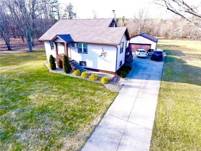 1052 Laverne Dr, Youngstown, OH 44511 (MLS #3994718) :: The Crockett Team, Howard Hanna