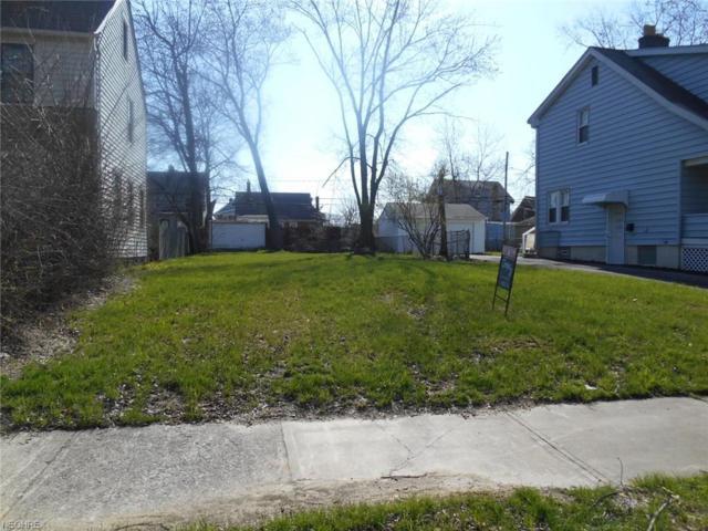3701 Chelton Rd, Shaker Heights, OH 44120 (MLS #3995682) :: The Crockett Team, Howard Hanna