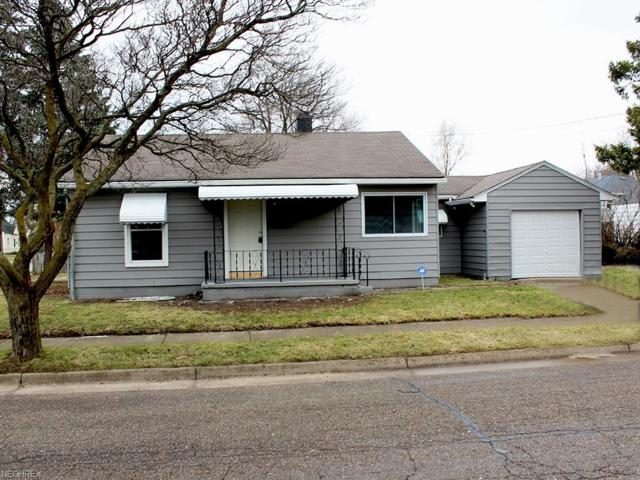 910 Ardella Ave, Akron, OH 44306 (MLS #3995865) :: The Crockett Team, Howard Hanna