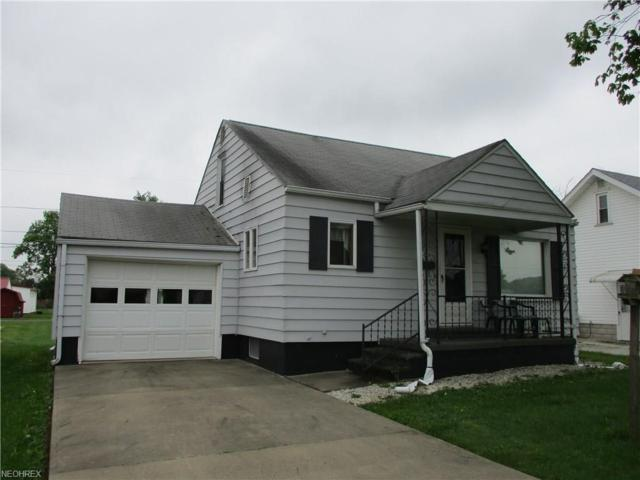609 Wood Ave, Newcomerstown, OH 43832 (MLS #3999814) :: PERNUS & DRENIK Team
