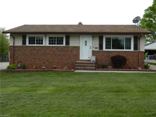 13576 Heatherwood Dr, Brook Park, OH 44142 (MLS #3999997) :: RE/MAX Trends Realty