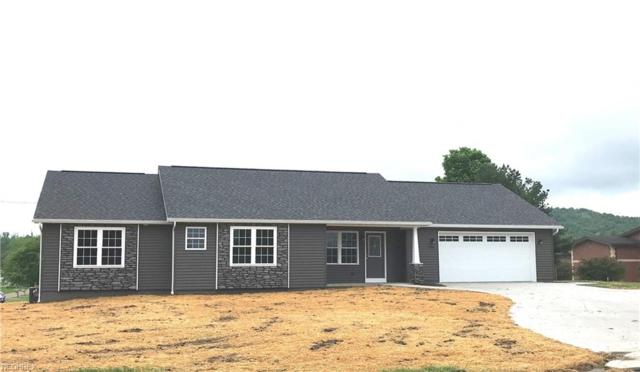 4161 Indian Hill Rd, Uhrichsville, OH 44683 (MLS #4001627) :: Tammy Grogan and Associates at Cutler Real Estate