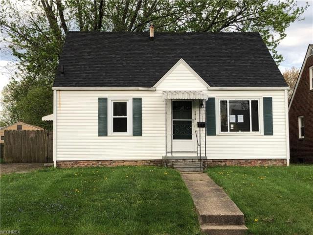 2916 Gilbert Ave NE, Canton, OH 44705 (MLS #4001943) :: The Crockett Team, Howard Hanna