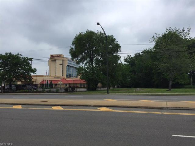 4315 W 150th Street, Cleveland, OH 44135 (MLS #4002837) :: Keller Williams Chervenic Realty