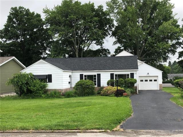 116 7th St, Columbiana, OH 44408 (MLS #4008142) :: RE/MAX Valley Real Estate
