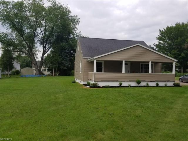 225 Caroline Ave, Hubbard, OH 44425 (MLS #4008232) :: Tammy Grogan and Associates at Cutler Real Estate
