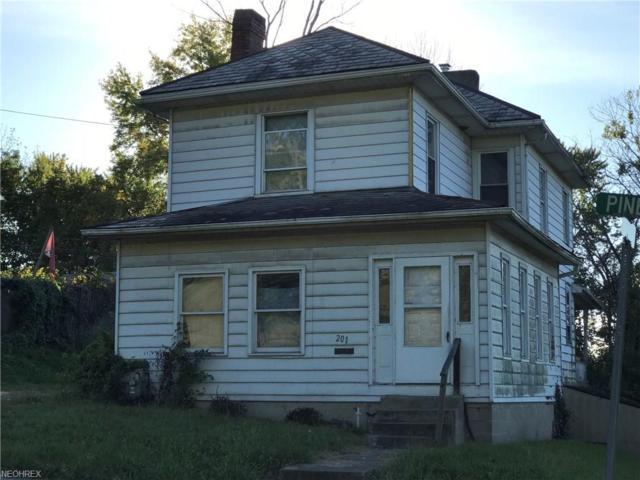 201 Pine St S, Zanesville, OH 43701 (MLS #4010864) :: The Crockett Team, Howard Hanna