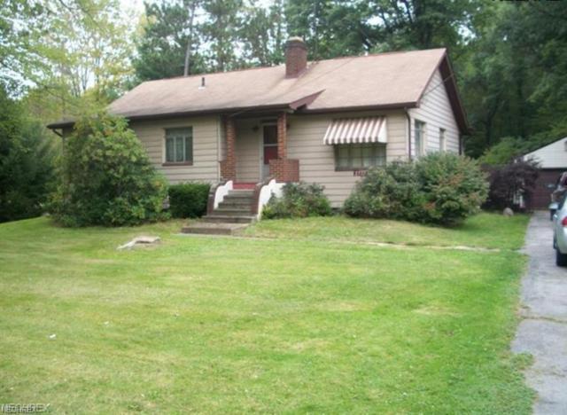 2737 Wilson Sharpsville Rd, Cortland, OH 44410 (MLS #4012055) :: Keller Williams Chervenic Realty