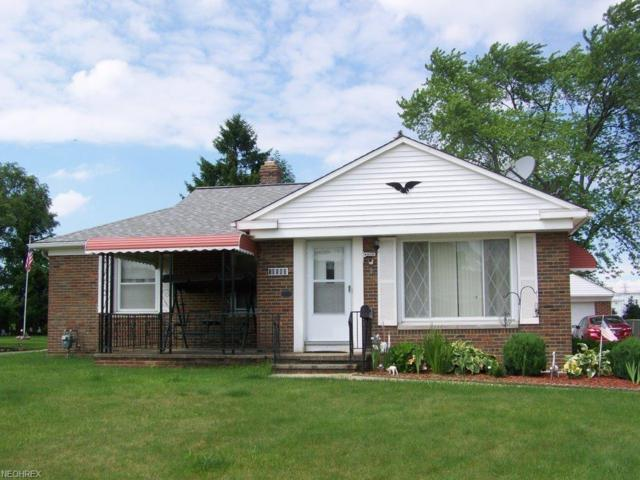 10580 Fairlawn Dr, Parma, OH 44130 (MLS #4012283) :: The Crockett Team, Howard Hanna