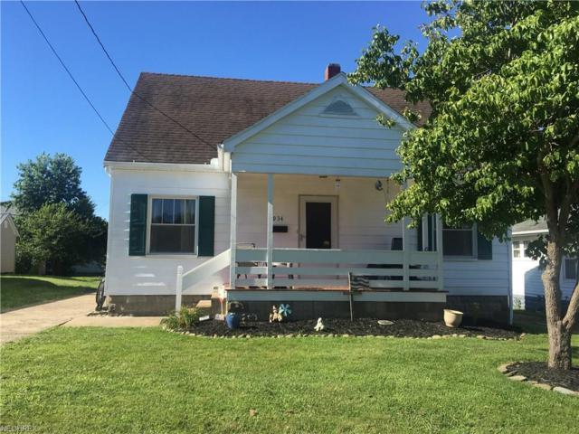 934 Seborn Ave, Zanesville, OH 43701 (MLS #4016029) :: The Crockett Team, Howard Hanna