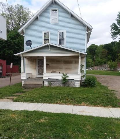 502 3rd St SE, Massillon, OH 44646 (MLS #4018321) :: Tammy Grogan and Associates at Cutler Real Estate