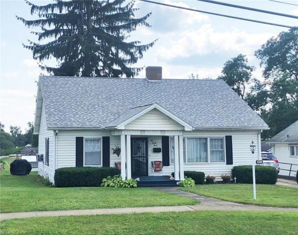 527 W Main St, Carrollton, OH 44615 (MLS #4018703) :: The Crockett Team, Howard Hanna