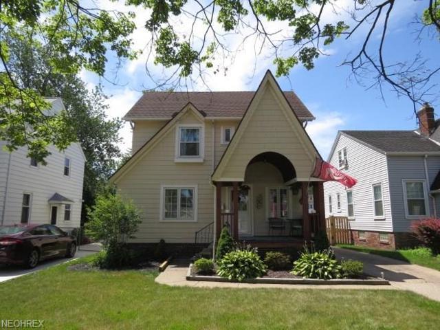 16709 Elsienna Ave, Cleveland, OH 44135 (MLS #4019124) :: The Crockett Team, Howard Hanna