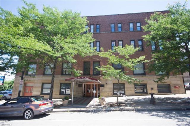 1133 W 9th St #414, Cleveland, OH 44113 (MLS #4022576) :: The Crockett Team, Howard Hanna