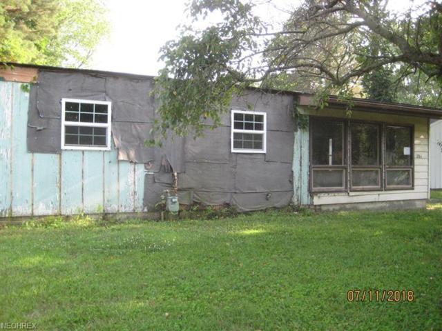 1784 Delia Ave, Akron, OH 44320 (MLS #4026372) :: The Crockett Team, Howard Hanna