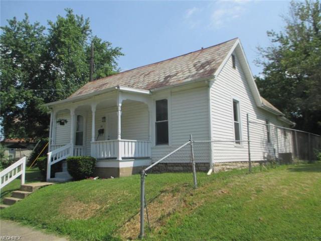 104 Chapman St, Zanesville, OH 43701 (MLS #4027801) :: The Crockett Team, Howard Hanna