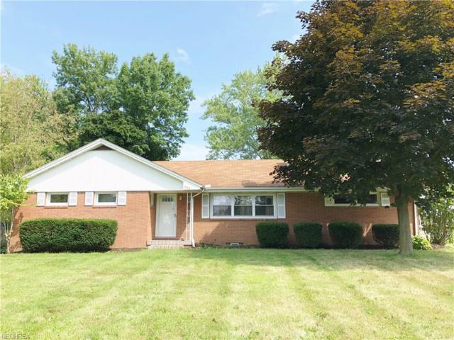 823 44th St NW, Canton, OH 44709 (MLS #4027938) :: The Kaszyca Team