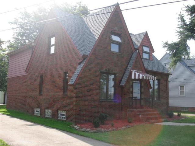 6905 Broadview Rd, Seven Hills, OH 44131 (MLS #4028590) :: The Crockett Team, Howard Hanna