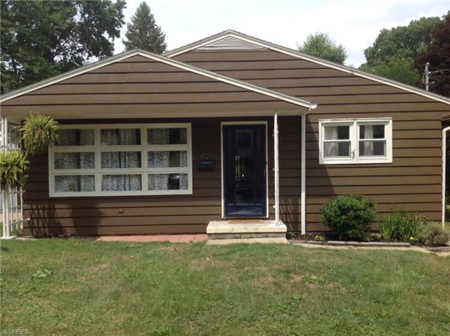 405 E Lake Ave, Barberton, OH 44203 (MLS #4030337) :: The Crockett Team, Howard Hanna