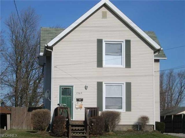 1306 W Erie Ave, Lorain, OH 44052 (MLS #4030645) :: The Crockett Team, Howard Hanna