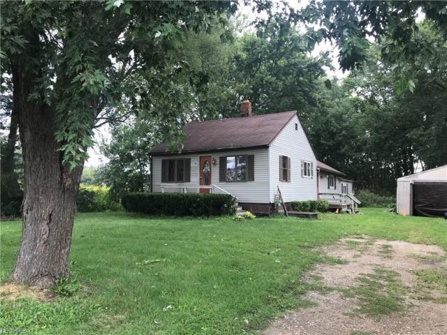 911 White Pond Dr, Akron, OH 44320 (MLS #4031368) :: Keller Williams Chervenic Realty