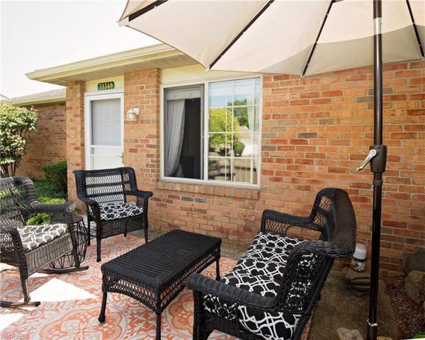 35349 Greenwich Ave, North Ridgeville, OH 44039 (MLS #4032040) :: Keller Williams Chervenic Realty