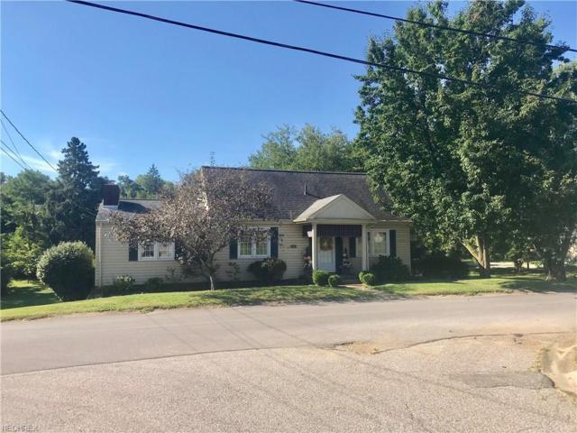 102 Talbot Ave, St. Clairsville, OH 43950 (MLS #4034727) :: PERNUS & DRENIK Team