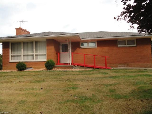 922 Ross Rd, New Cumberland, WV 26047 (MLS #4035701) :: Keller Williams Chervenic Realty