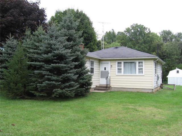 12186 Mccallum Ave NE, Alliance, OH 44601 (MLS #4037497) :: Keller Williams Chervenic Realty