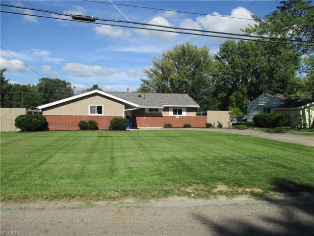 1437 Brookdale Ln, Kent, OH 44240 (MLS #4038634) :: Keller Williams Chervenic Realty