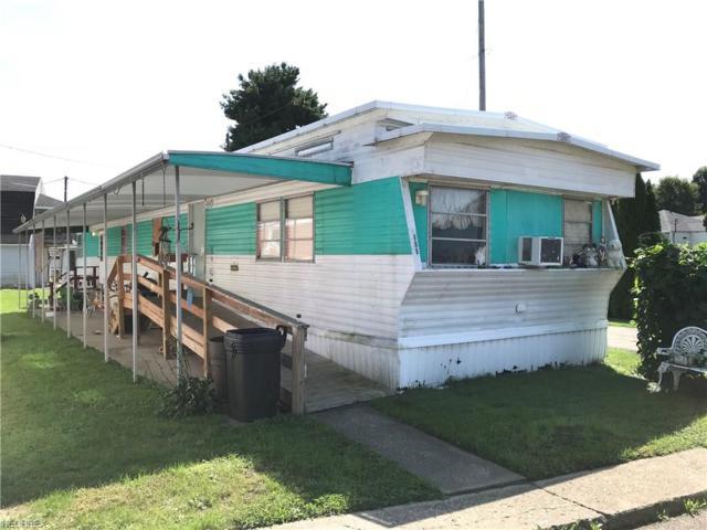 608 Sheila Ave NW, New Philadelphia, OH 44663 (MLS #4039409) :: Keller Williams Chervenic Realty