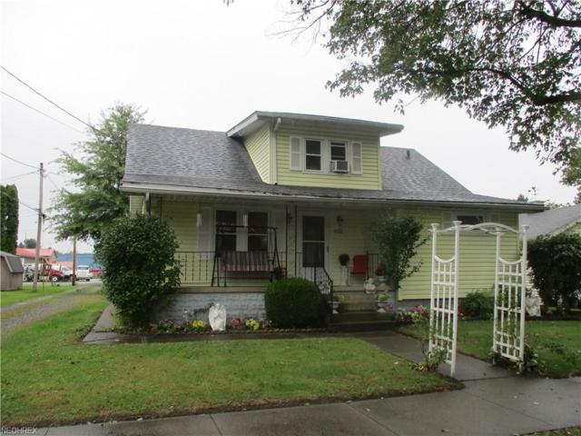 610 Florence Ave, Dover, OH 44622 (MLS #4039993) :: Keller Williams Chervenic Realty